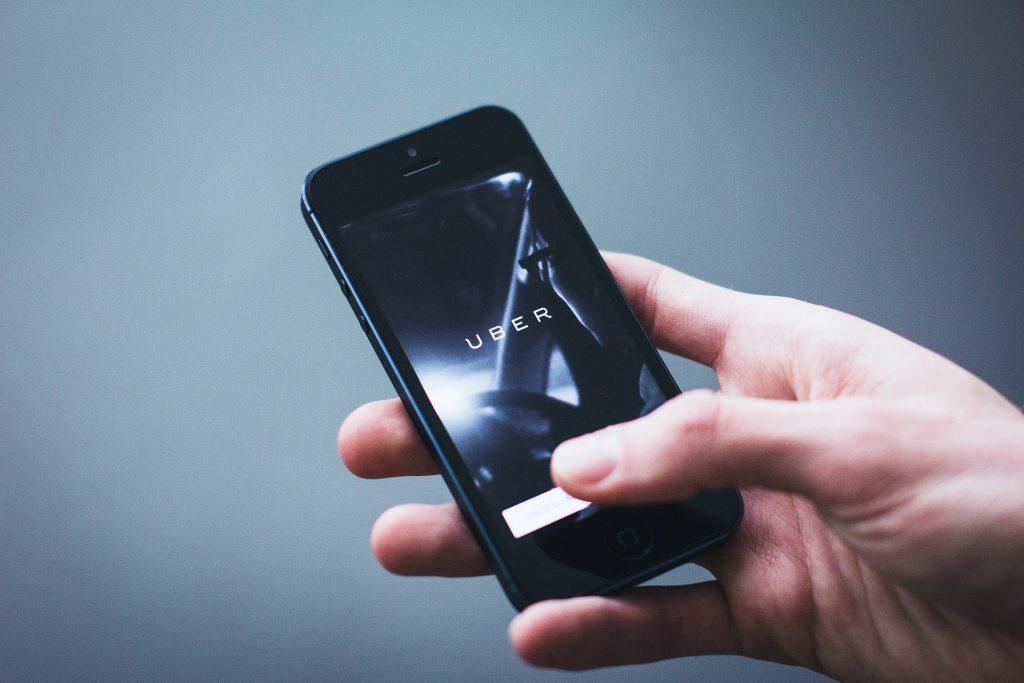 Uber : Vers une uberisation des élus locaux ?